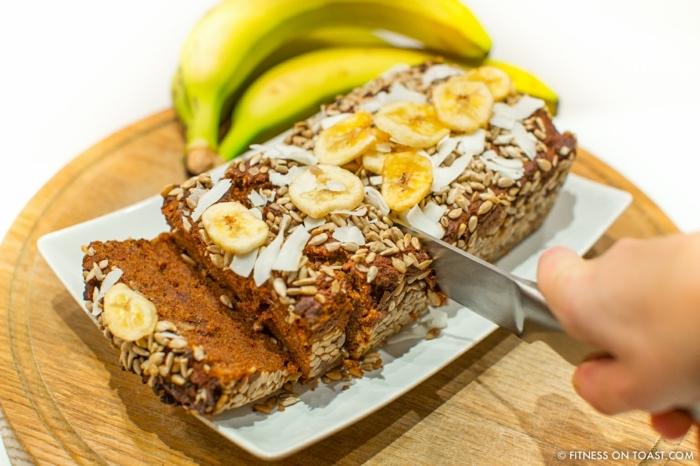 postres fitness rapidos y faciles, pan de platano y harina integral, dulces fitness para comer antes de entrenar, dieta para bajar de peso