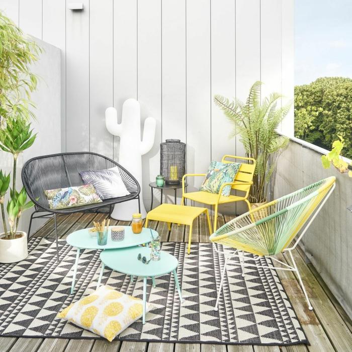 preciosa terraza decorada en olores claros, fotos con ideas sobre como crear una zona chill out en tu balcon o terraza