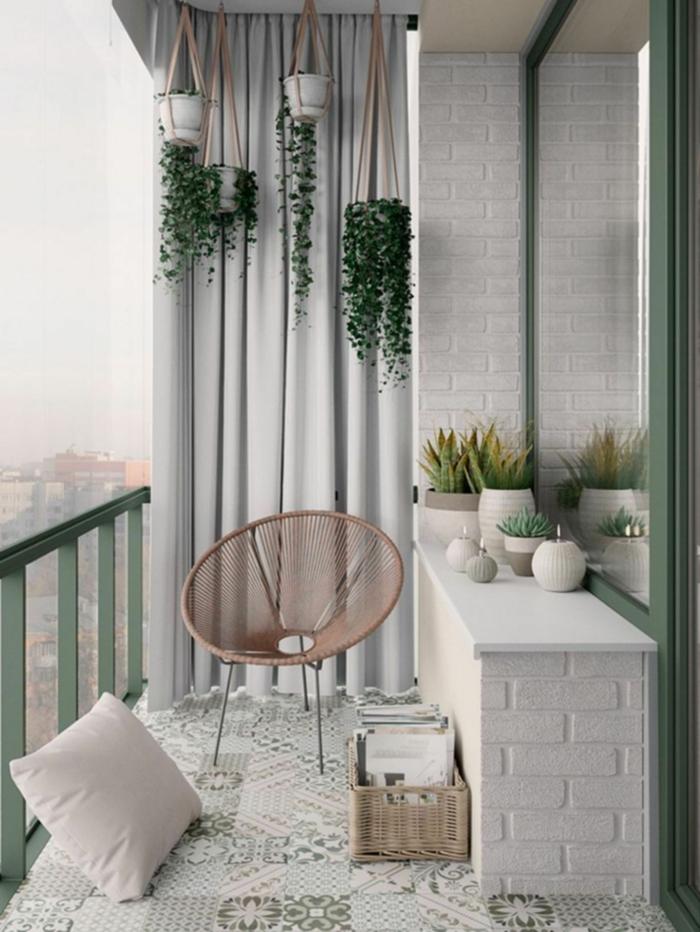 ideas de decoracion de espacios pequeños, chill out palets, fotos de pequeños balcones decorados con mucho estilo