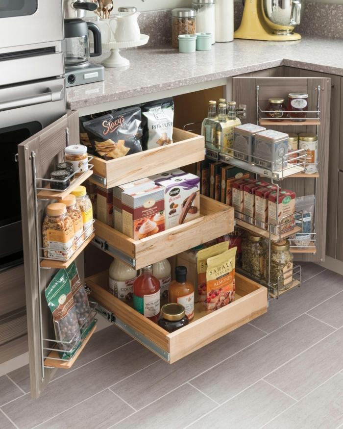 armario funcional y super moderno, organizadores ikea bonitos, como ordenar los paquetes y las latas en el armario