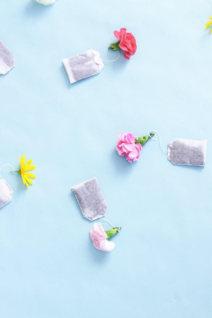 las mejores ideas de regalos para mama, bolsas de te decoradas con flores, ideas de pequeños detalles para soprender a tu mama