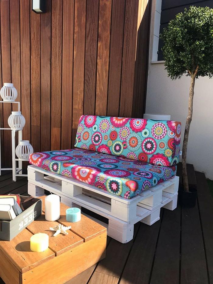 ideas de decoracion con palets para la terraza, fotos con ideas sobre como decorar la terraza, muebles de palets modernos