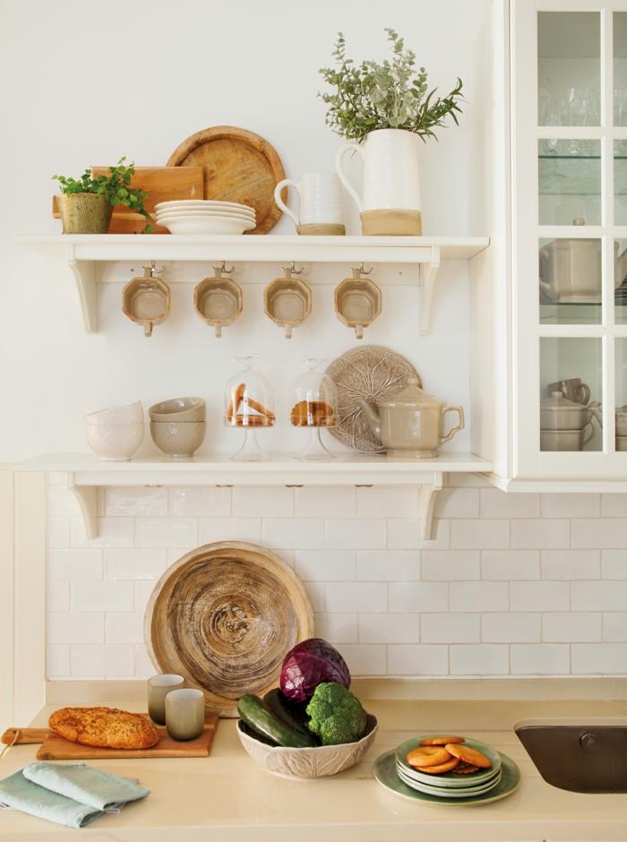 cocinas pequeñas con mucho encanto, ideas para decorar la cocina, organizador cajones cocina, fotos de cocinas ordenadas
