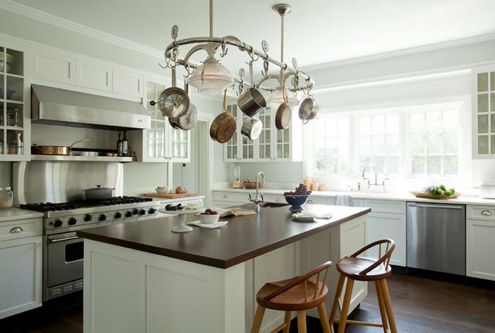 grande cocina en color blanco, ideas sobre como amueblar una cocina rustica, fotos de cocinas modernas y funcionales