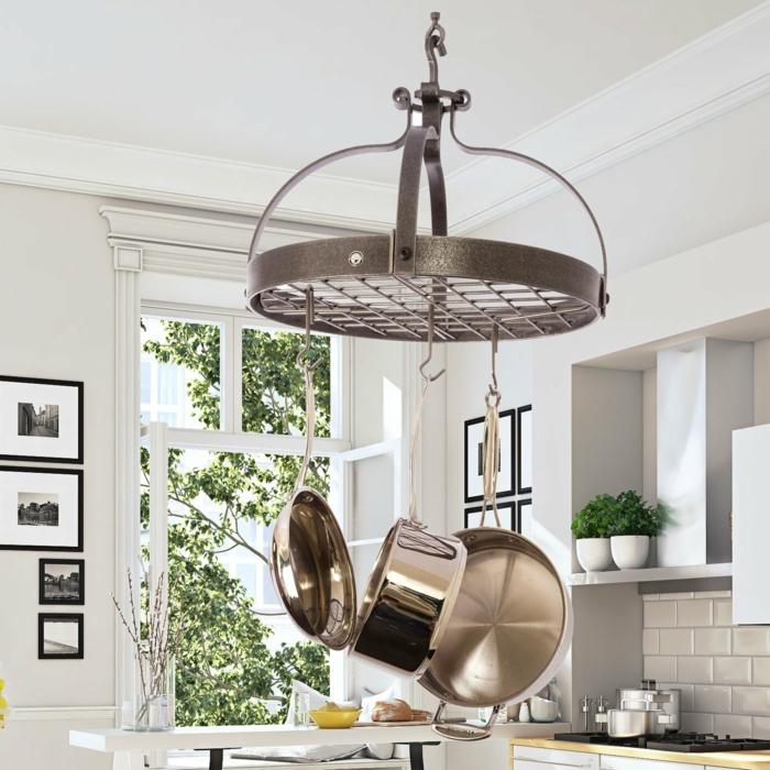 las mejores ideas sobre como ordenar la cocina, colgantes para guardar sartenes y ollas, organizador cajones cocina