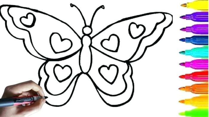 colorear una mariposa con corazones en las alas, animales para colorear, fotos descargables de dibujos chulos para niños