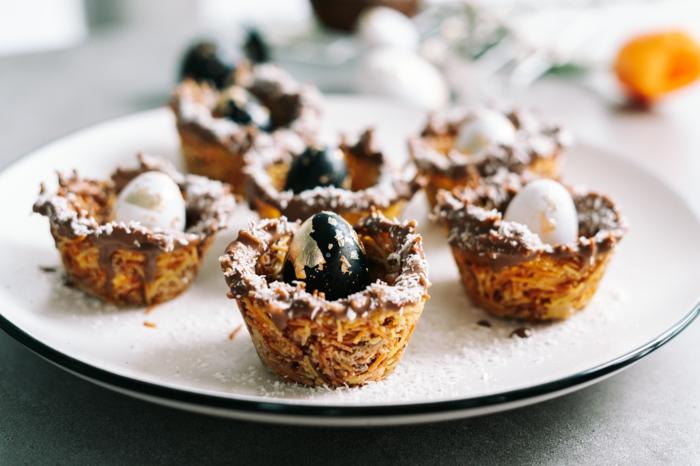 postres de semana santa ricos y faciles de hacer, como hacer nidos de pasta con chocolate, ideas de postres pascua