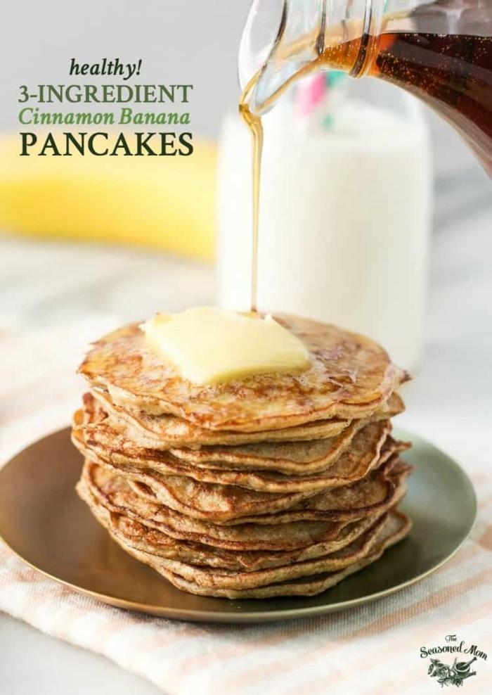 panqueques con mantequilla y jarabe de acre, desayunos saludables para bajar de peso, ideas de recetas originales
