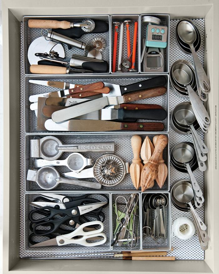 geniales ideas de organziacion de cocina con cajas de almacenaje, fotos de armarios ordenados para una cocina organizada