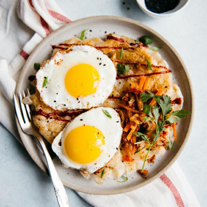 desayunos ricos y nutritivos con huevos, recetas proteicas ricas y faciles de preparar, ideas de desayunos nutritivos
