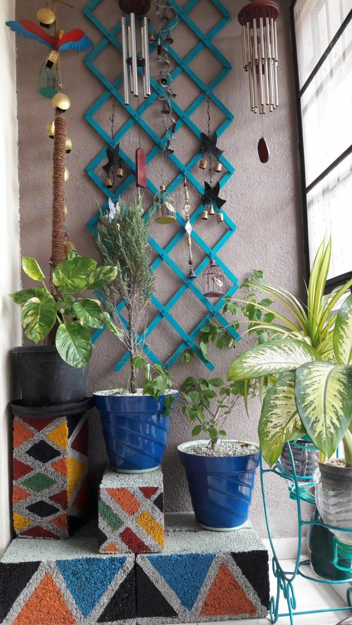 como decorar el balcon en estilo boho chic, fotos de balcones pequeños con detalles decorativos etnicos, terrazas acogedoras