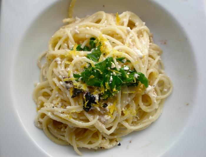 pasta casera con quesos y verduras, ideas de dieta para bajar de peso, fotos de comidas saludabes y faciles de preparar