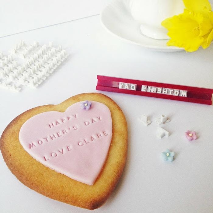 regalos para madres de 60 años, galletas personalizadas, ingeniosas ideas de galletas originales, regalos para madres de 60 años