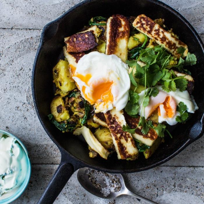 vegetales a la parilla y huevos fritos, recetas proteicas para comer despues de entrenar, fotos de comidas proteicas con huevos