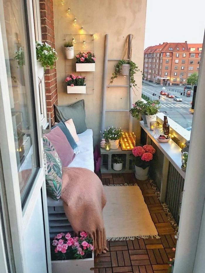 geniales ideas sobre como decorar la terraza, balcon decorado con mucho encanto, como escoger los detalles decorativos para la terraza