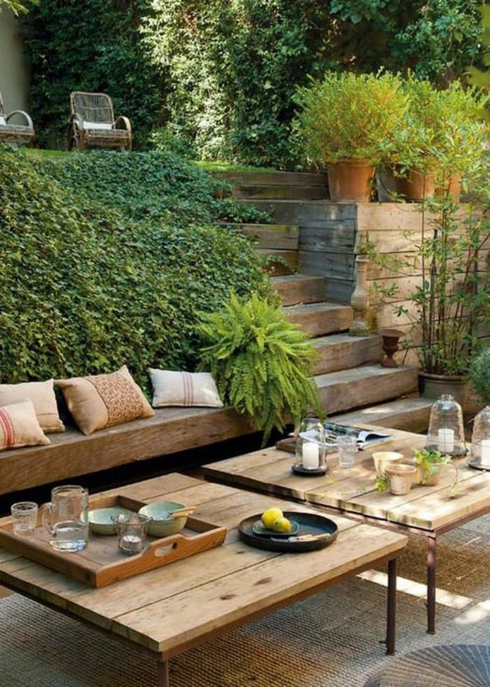 como hacer mesas con palets, terrazas decoradas con mucho encanto, fotos sobre como amueblar la terraza y consejos utiles