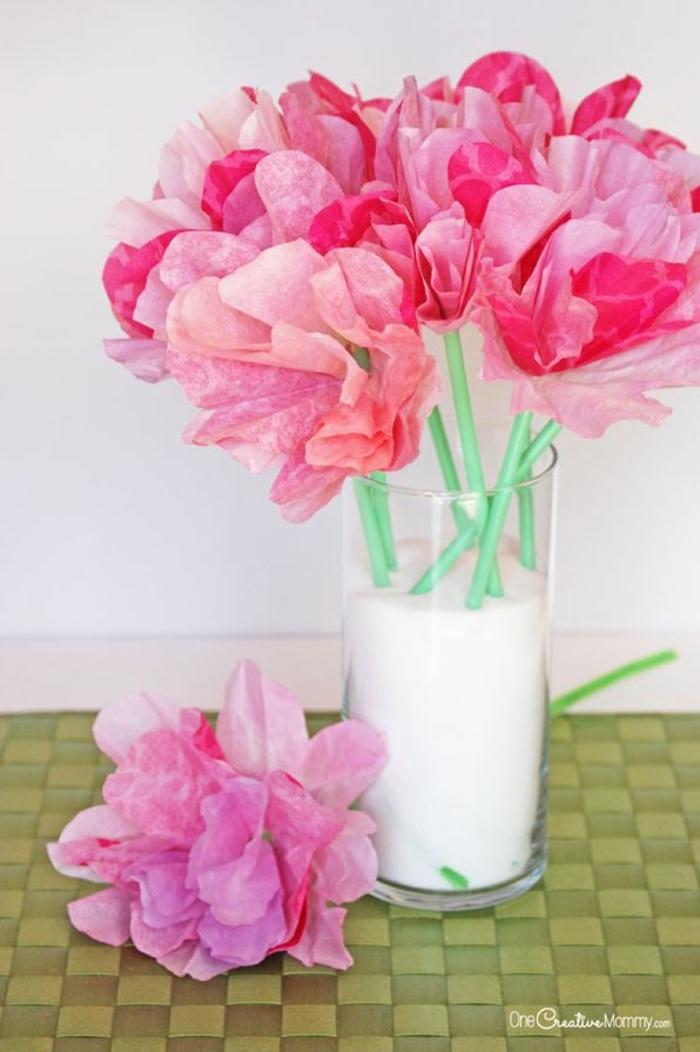 flores de papel originales y bonitos, regalos para el dia de la madre caseros, ideas de flores bonitas y originales para hacer en casa
