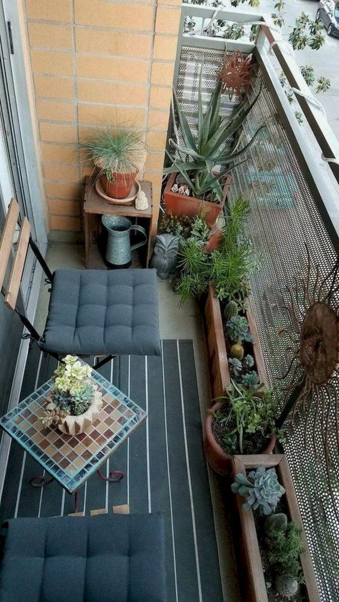 pequeños detalles para decocar la terraza, como convertir un balcon pequeño en un espacio chill out, ideas en imagenes