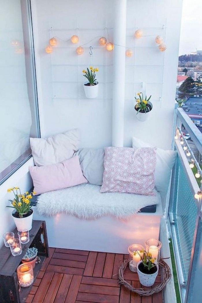 pequeños balcones decorados en colores pastel, como decorar un pequeño balcon on estilo, fotos de balcones y terrazas