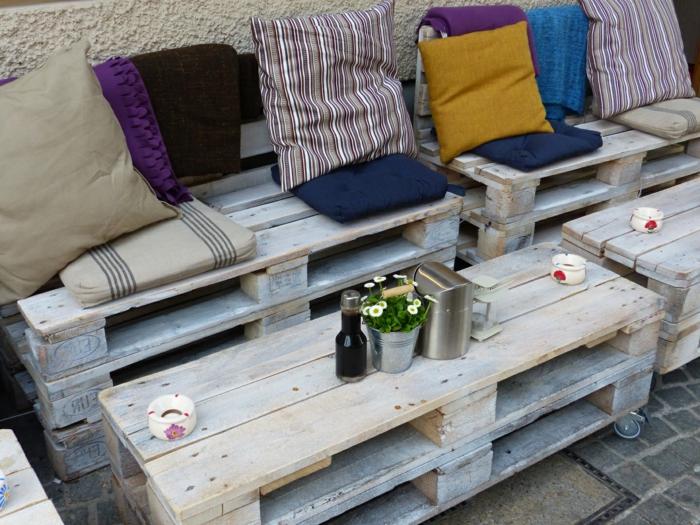 geniales ideas con palets para decorar la terraza, fotos de muebles hechos de maderea de palets reciclados, ideas con palets