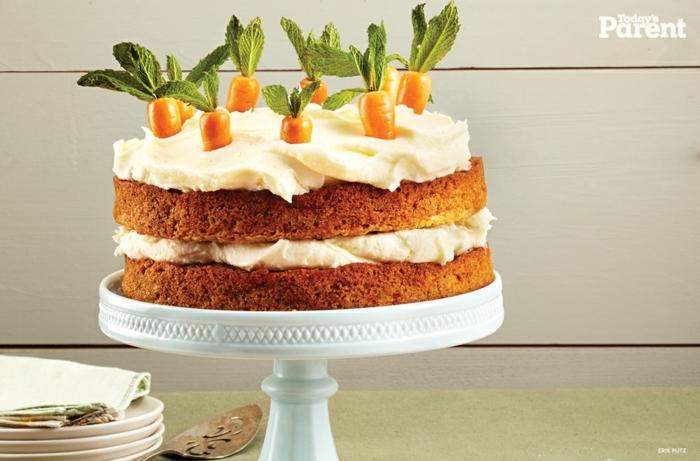 tarta de zanahoria con mascarpone, postres faciles y rapidos de hacer en casa, fotos de tartas caseras faciles de hacer en casa