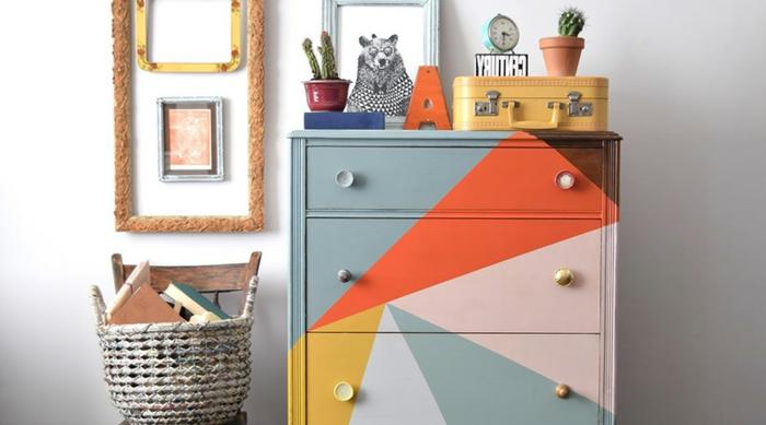 geniales ideas de muebles pintados a la tiza en diferentes colores, ideas para decorar tu salon con muebles pintados con chalk paint