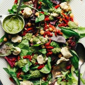 Unas de las recetas más apetitosas de ensaladas verdes para mantener la línea