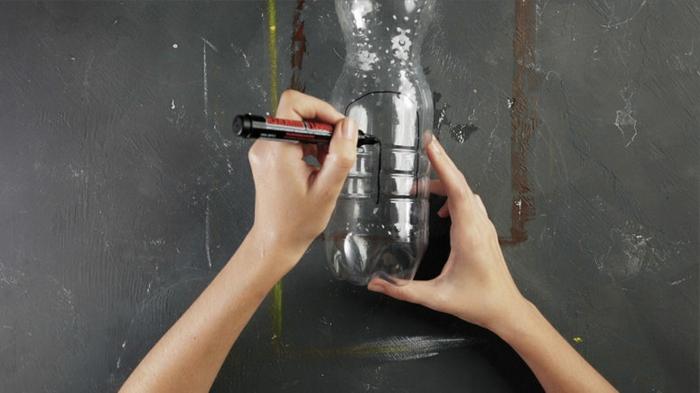 pasos para reciclar botellas de plastico, manualidades con botellas de plastico, fotos de tutoriales con reciclaje originales