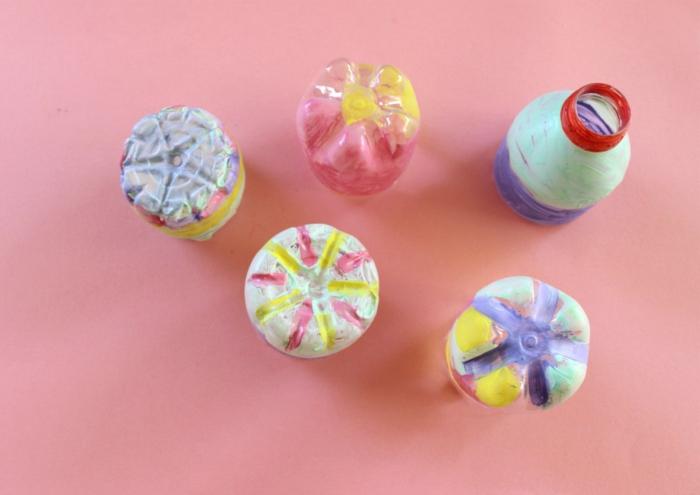 que hacer con botellas de plastico, 60 ideas super utiles sobre como reutilizar las botellas de plastico que tienes en casa