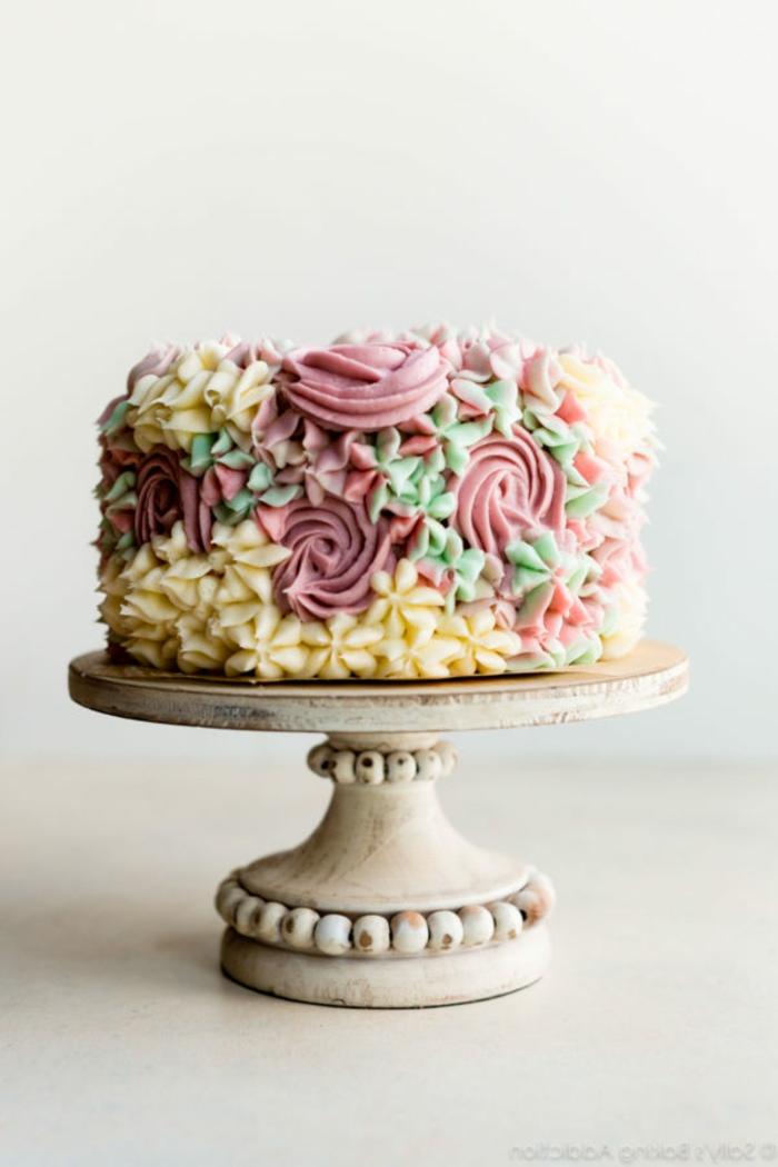imagenes de tartas de cumpleaños decoradas de una manera especial, ideas de tartas de cumpleaños originales y ricas