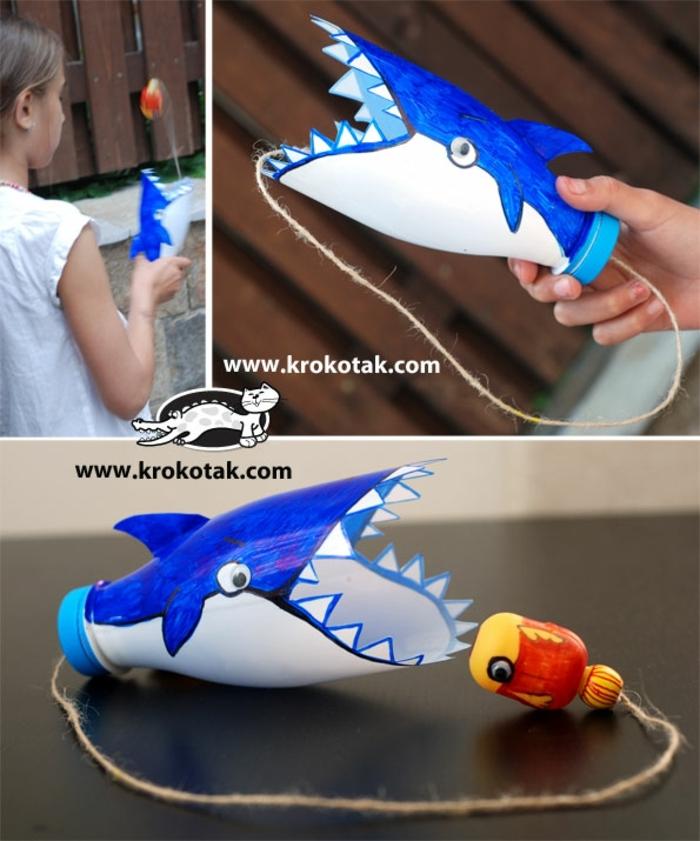 fenomenales ideas de manualidades con botellas de plastico para niños, halcón divertido de botellas de plastico en colores