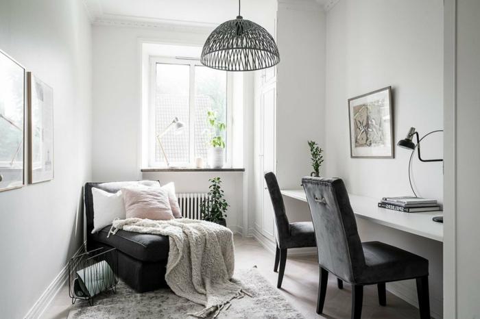 ideas para decorar la casa, mesa oficina blanca y dos sillas tapizadas de terciopelo, habitacion blanca con mesa escritorio