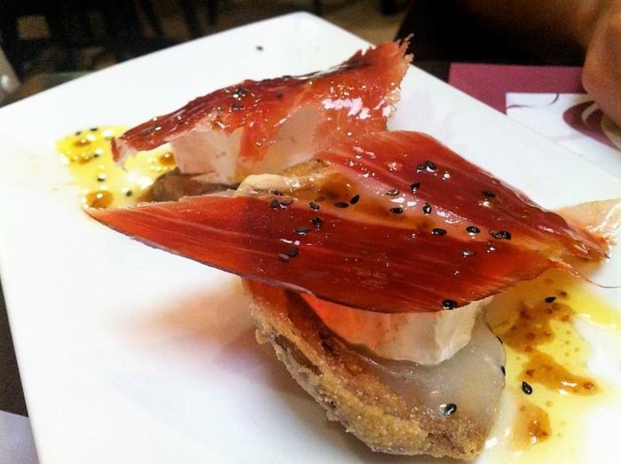 tostadas con jamon, 80 irresistibles ideas de aperitivos espectaculares y faciles, fotos de comidas caseras ricas y faciles