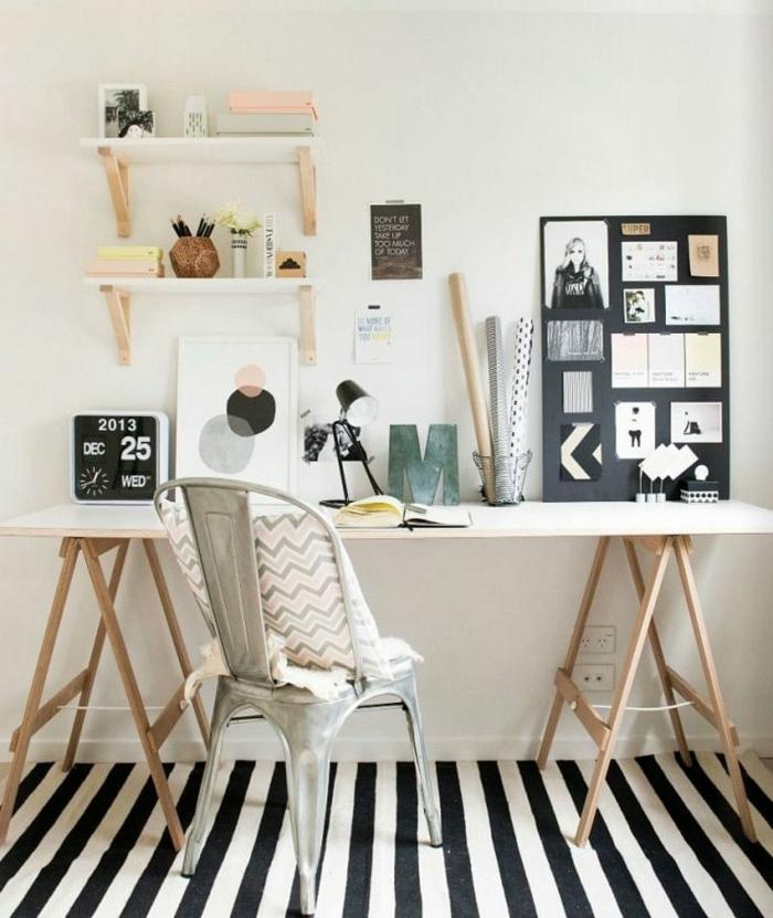 geniales ideas de despachos modernos en fotos, despacho decorado en tonos pastel con alfombra en rayas blanco y negro