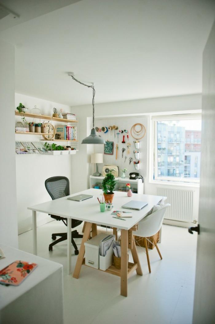 ideas sobre como montar un despacho para teletrabajar desde tu cocina, mesa escritorio ikea, fotos con ideas para teletrabajar