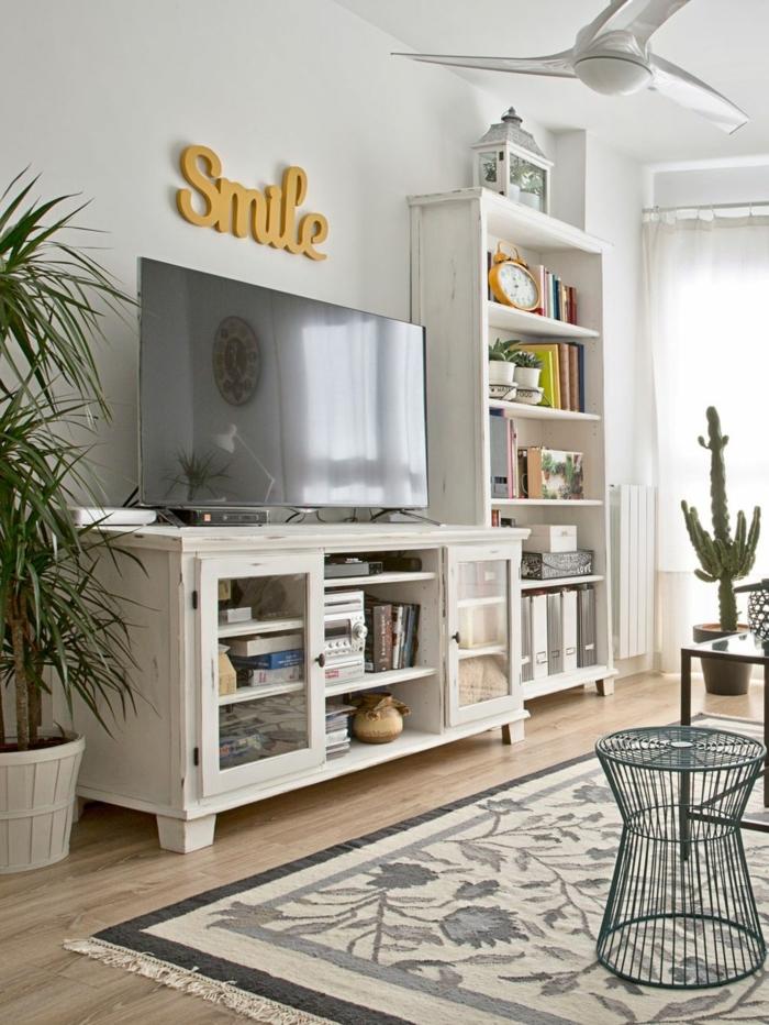 pintar muebles en blanco, salon decorado en blanco y beige, ideas para decorar el espacio, pintar muebles en blanco