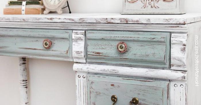 intar muebles en blanco desgastado, muebles pintados a la tiza antes y despues, fotos de muebles de epoca renovar