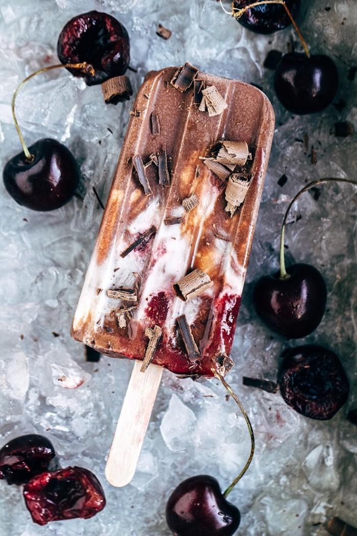 2 cerezas chocolate las mejores ideas de helado de yogurt helados artesanales faciles de hacer en casa chocolate rallado