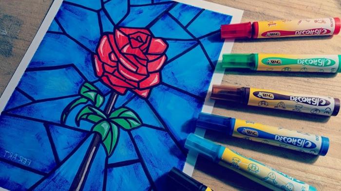 imagenes abstractas con bonitos dibujos, dibujo de rosa roja en fondo azul, ideas de dibujos originales y faciles de hacer