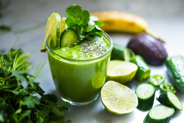 ideas de recetas chulas para hacer smoothies veganos, pasos para hacer ensaladas faciles de hacer y batidos ricos