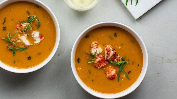 aperitivos entrantes con mariscos sopa de tomates con mariscos recetas cenas originales