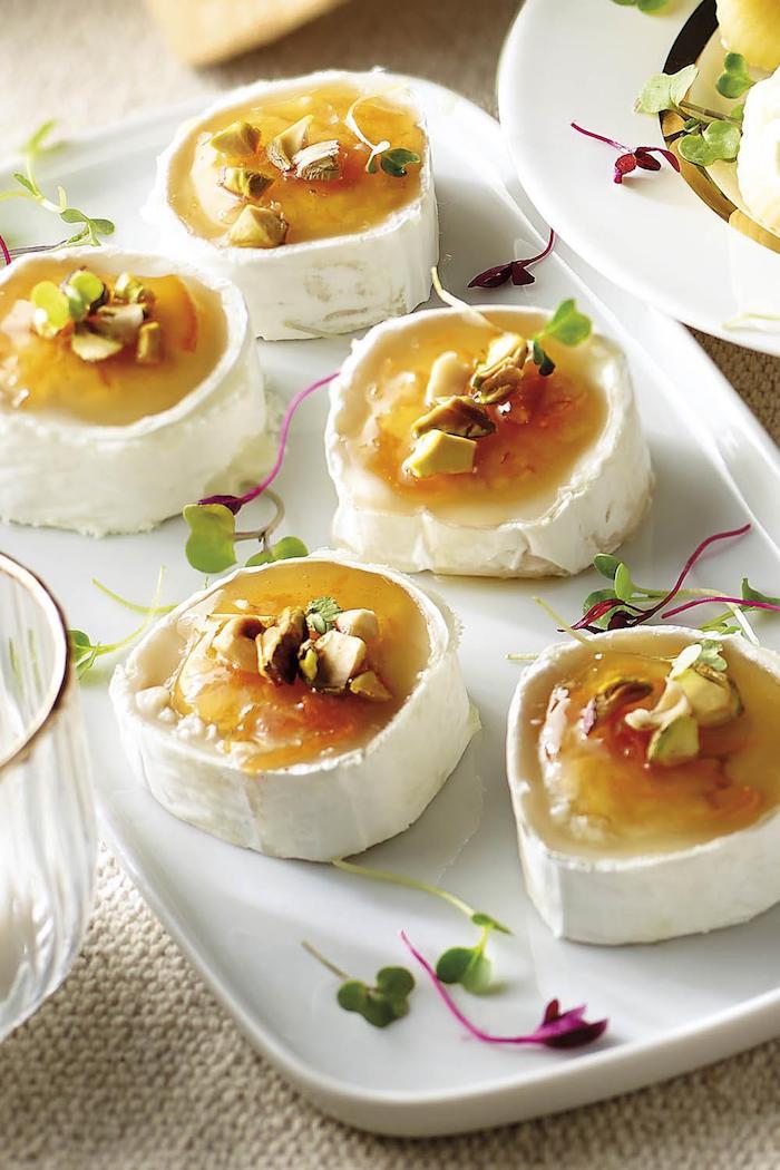 aperitivos faciles rapidos queso de cabra mermelada e28ad3a7 1000x1500