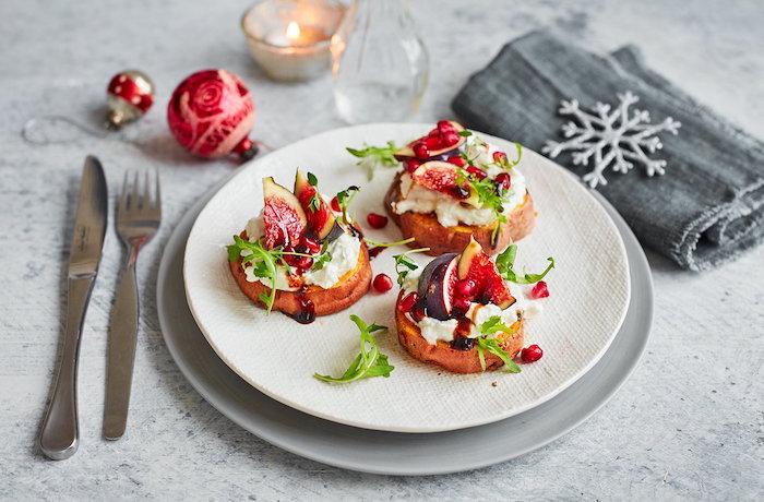 aperitivos faciles y elegantes batatas con queso rcotta higos verduras ideas de recetas originales de canapes faciles y rapidos