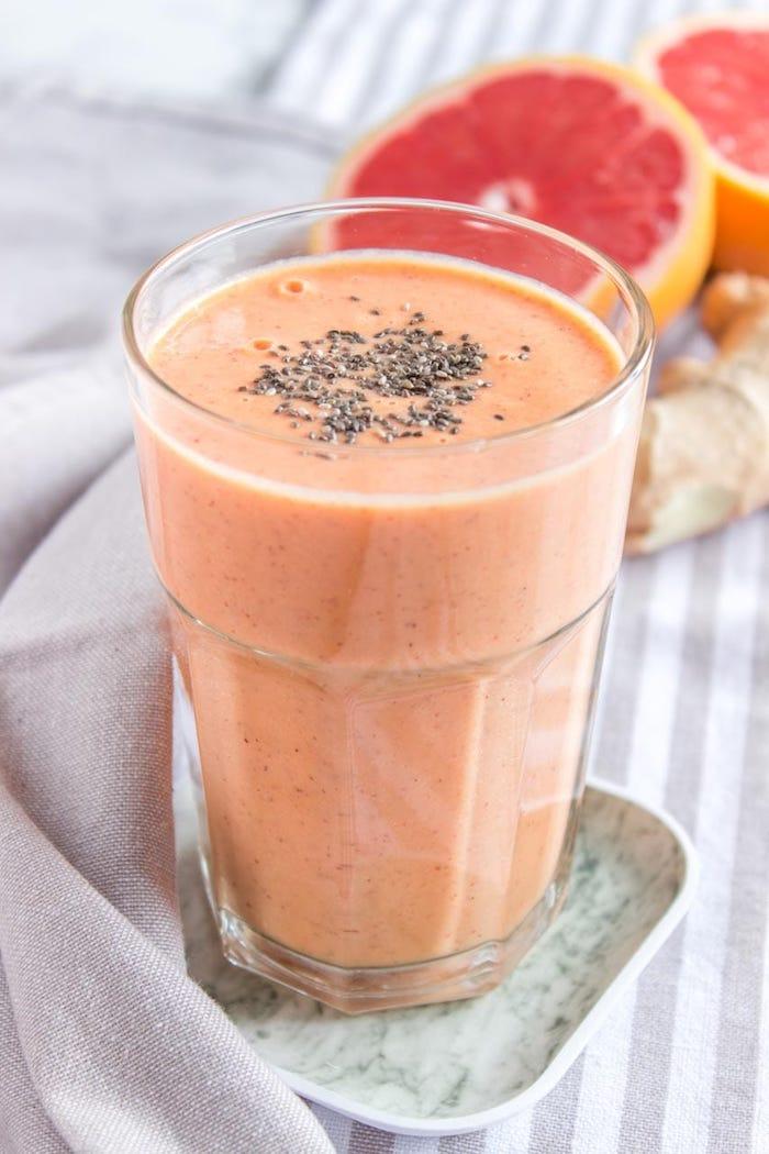 batidos saludables sanos faciles de preparar en casa, batido de frutas con semillas de chia, las mejores ideas de batidos