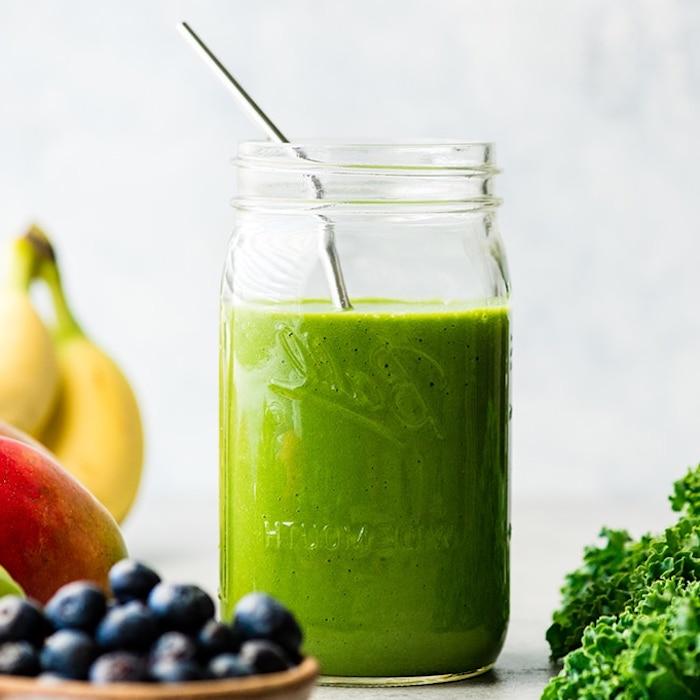 como hacer un batido de frutas y verduras, ideas de recetas caseras de batidos faciles de hacer, ideas de recetas saludables