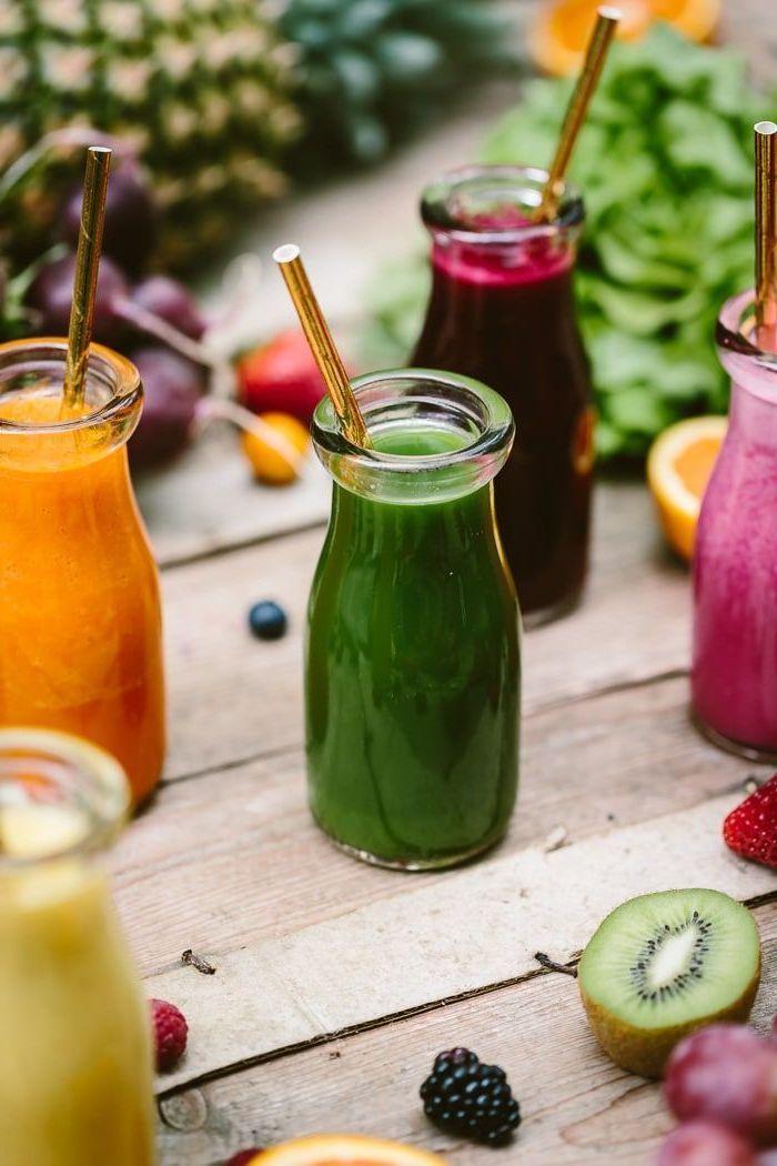 como hacer un smoothie de frutas diferentes, ideas de recetas caseras faciles de desayunos sanos, como hacer un smoothie de frutas