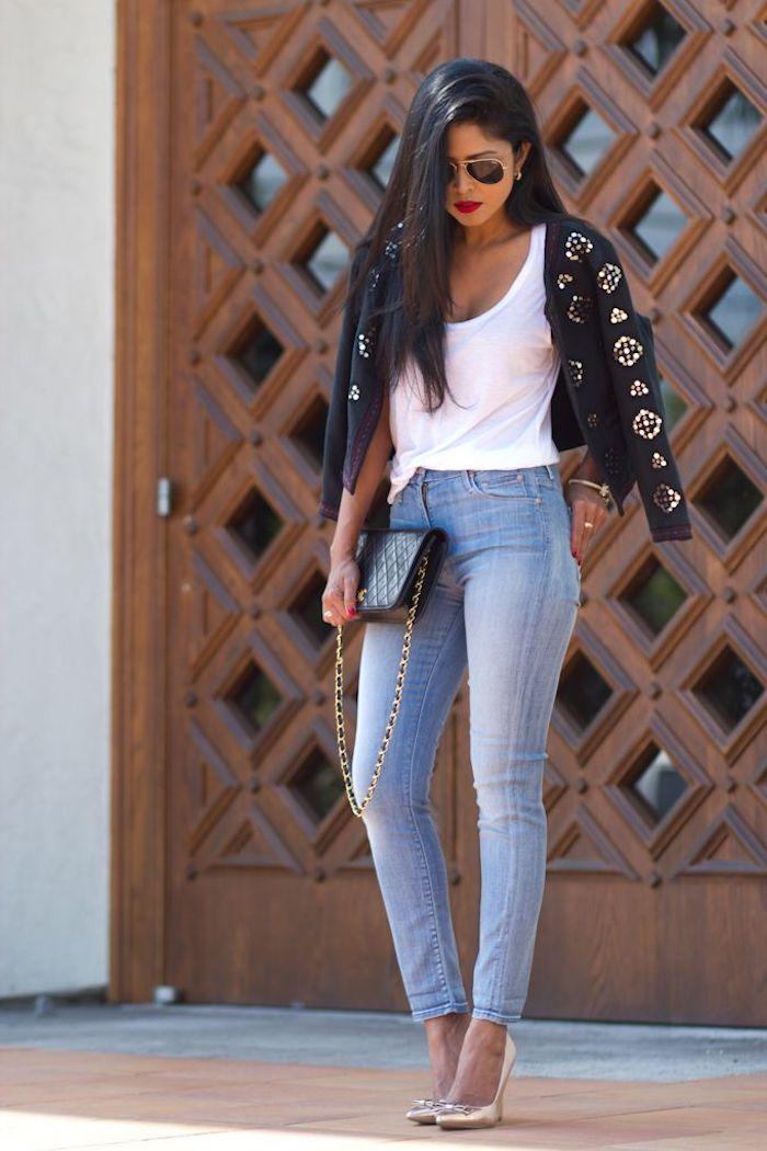 blusa blanca chaqueta moderna vaqueros pitillo tacones altos pelo suelto fotos tumblr chicas ideas de outfits