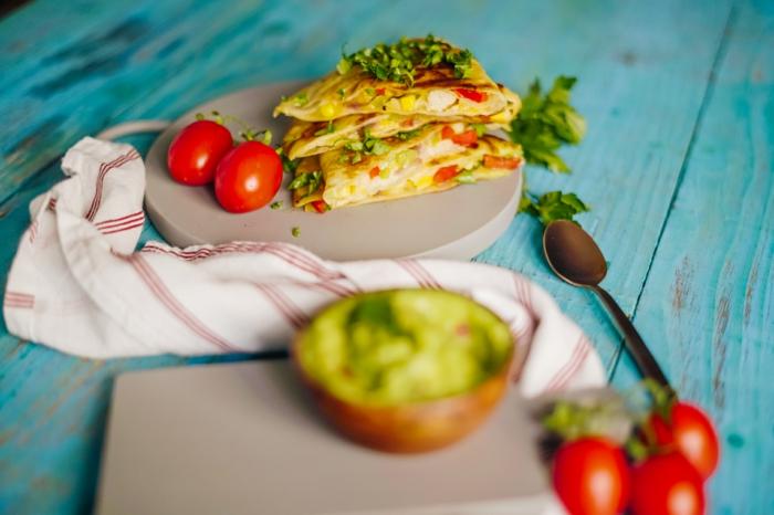 como hacer quesadillas caseras tomates uva aguacate ideas de recetas caseras faciles y rapidas entrantes para picoteo cenas
