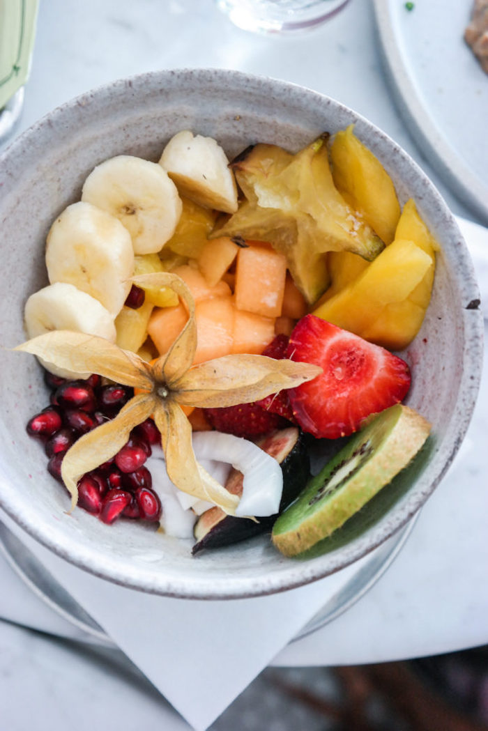 ideas-de-ensaladas-con-frutas-ensaladas-sanas-y-nutritivas-ideas-para-hacer-ensaladas-caseras-ricas-para-el-verano