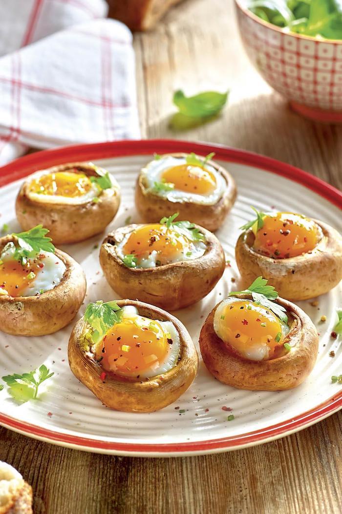 hongos rellenos con huevo estrellado ideas de recetas faciles y rapidas